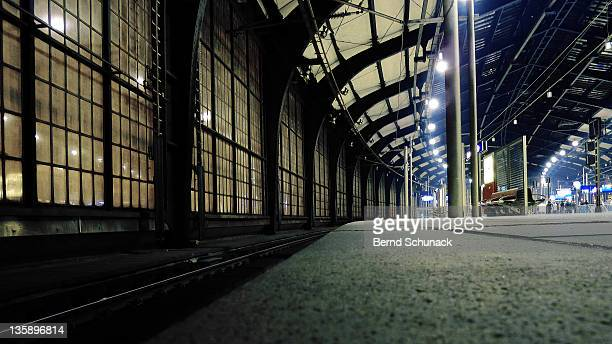 friedrichstrasse station - bernd schunack stock pictures, royalty-free photos & images