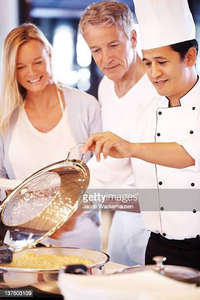 Sympathique cook pour leur montrer qu'est-ce qui est à votre disposition
