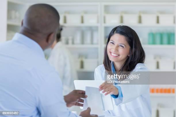 顧客に優しい薬剤師手薬