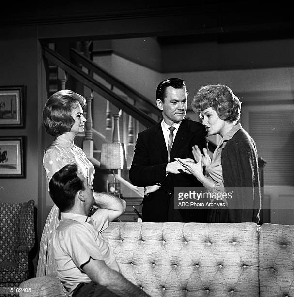 SHOW 'Friends And Neighbors' BehindtheScenes Coverage Airdate April 4 1963 CARL