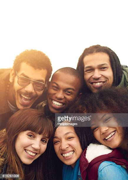 friends are the family we choose - organized group photo stock pictures, royalty-free photos & images