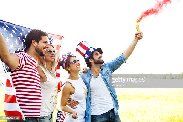 friends celebrating us independence day - political party stock pictures, royalty-free photos & images