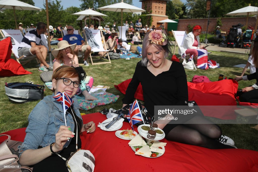 Royal Wedding Public Viewing In Berlin