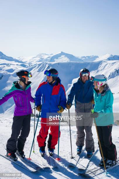 friends enjoying a ski holiday - winter sport stock pictures, royalty-free photos & images