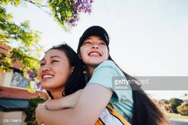friends enjoying summer - teenagers only stock pictures, royalty-free photos & images