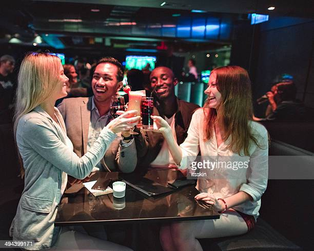 Rencontre entre amis au club