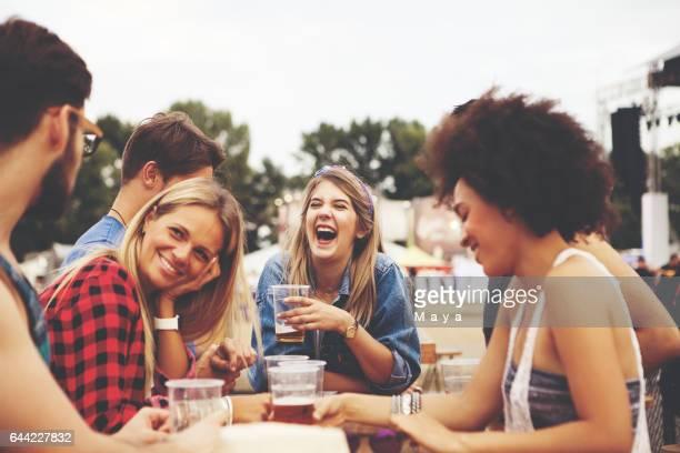 Freunden Spaß haben