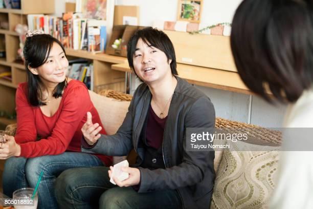Friends in coffee shop
