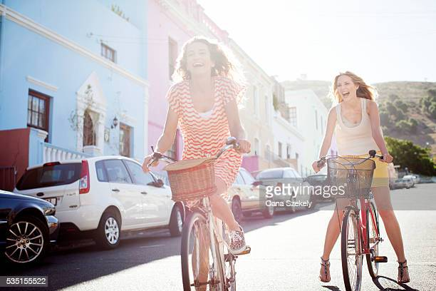 Friends making city bike tour, Cape Town, South Africa