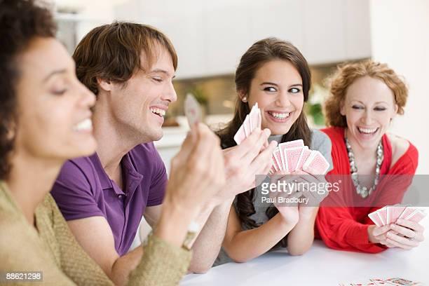 Freunde Spielkarten zusammen