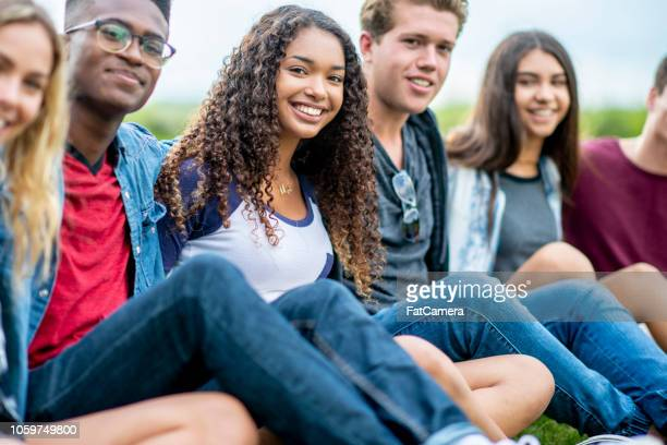 friends pose for a photo - teenagers only stock pictures, royalty-free photos & images