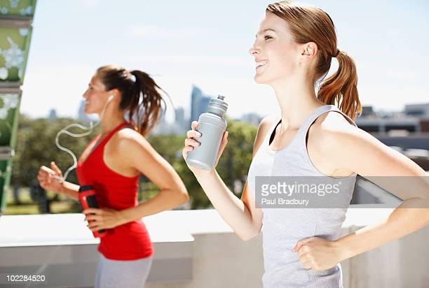 Amis courir ensemble