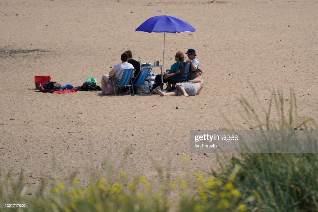 UK Experiences Summer Heatwave : News Photo