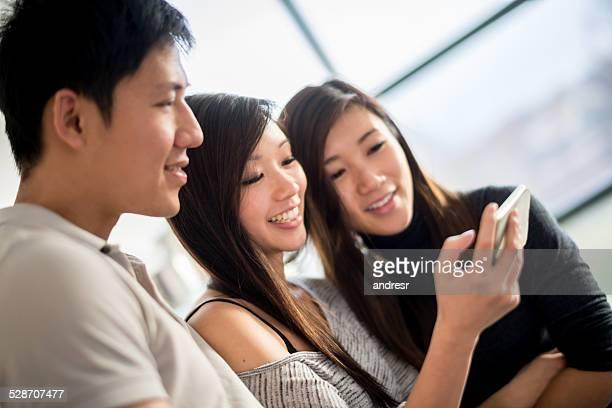 Freunden in sozialen Netzwerken