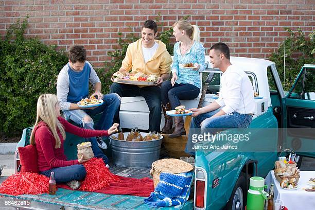 friends tailgating - tailgate party stock pictures, royalty-free photos & images