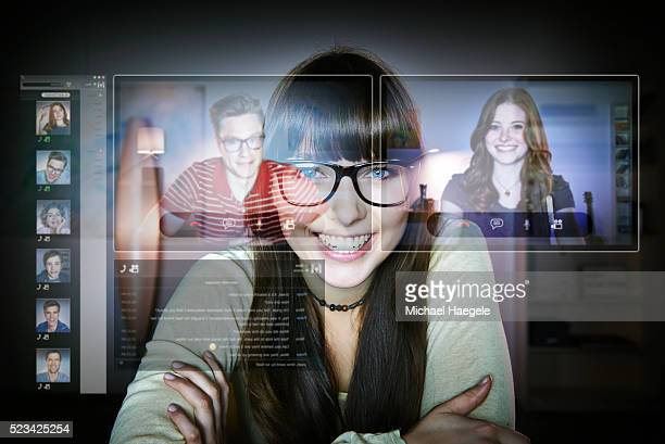 friends talking via internet - facetime stock pictures, royalty-free photos & images