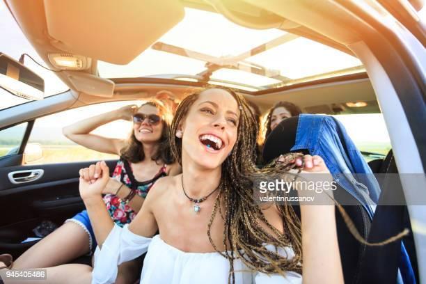 Freunde, Reisen und singen