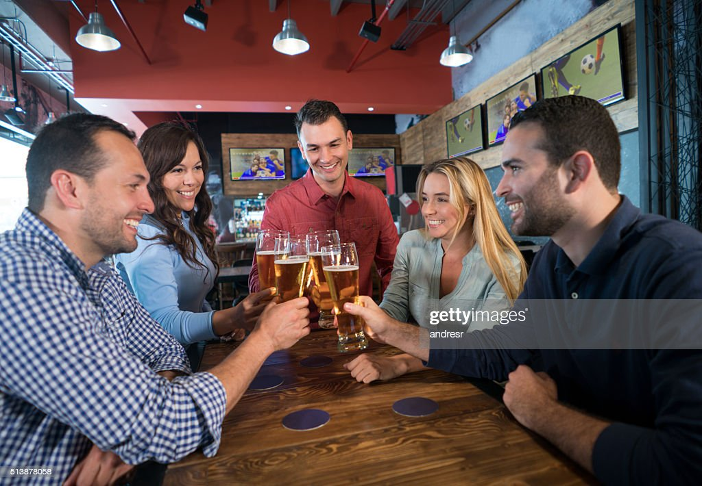 Friends watching the game : Stock Photo