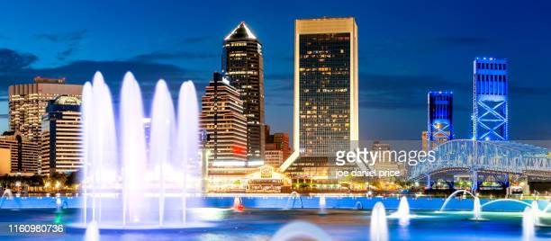 friendship fountain, jacksonville, florida, america - jacksonville florida stock pictures, royalty-free photos & images