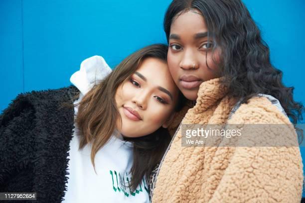 friendship - girl power provérbio em inglês - fotografias e filmes do acervo