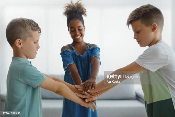 friendship unity. - giustizia sociale foto e immagini stock