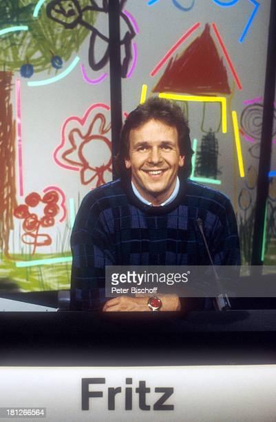 "Fritz Egner, ARD-Quiz-Show ""Dingsda"", Showmaster, , Promis, Prominente, Prominenter, Porträt, Portrait,"