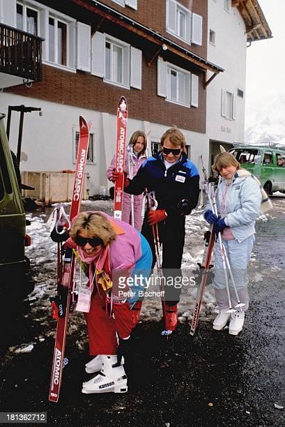 Fritz Wepper Ehefrau Angela Wepper Tochter Valerie von Hohenzollern Tochter Prinzessin Stephanie von Hohenzollern Urlaub in der Schweiz Engelberg...