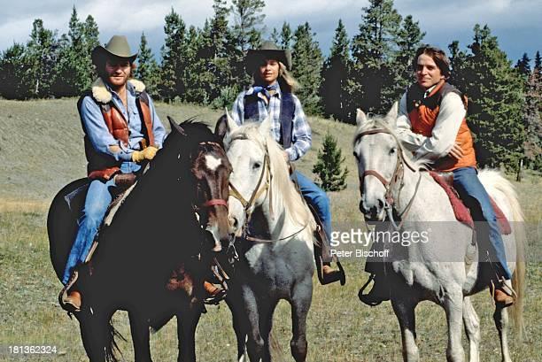 Fritz Wepper Freundin Prinzessin Angela von Hohenzollern Bruder Elmar Wepper Kanada Amerika Reitausflug Ausritt Weide Wiese Pferd reiten Cowboyhut...