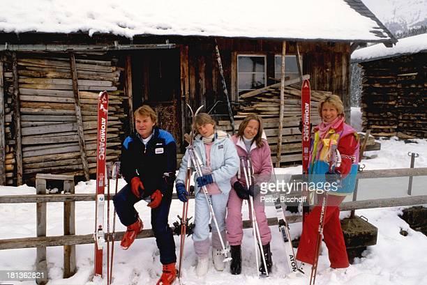 Fritz Wepper Tochter Prinzessin Stephanie von Hohenzollern Tochter Valerie von Hohenzollern Ehefrau Angela Wepper Urlaub in der Schweiz Engelberg...