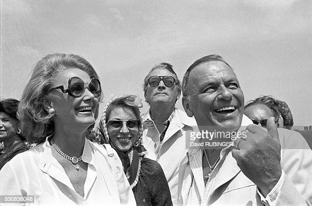 BARBARA SINATRA MrsGREGORY PECK GREGORY PECK FRANK SINATRA During visit to IAF baseIAFBase 19780401