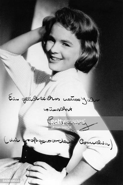 Froboess Cornelia *Saengerin Schauspielerin D Portrait signiert 1958