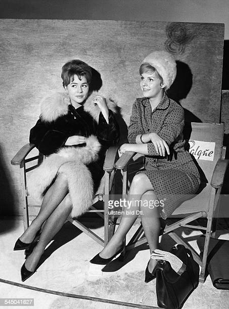 Froboess Cornelia *Saengerin Schauspielerin Dmit Heidi Brühl bei Filmaufnahmen 1961