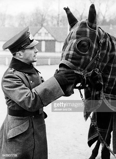 Froemming Hans Sportsman Trotter Germany*nee Johannes Froemming in uniform with a horse 1940 Photographer Max Schirner Published by 'Das 12 Uhr...