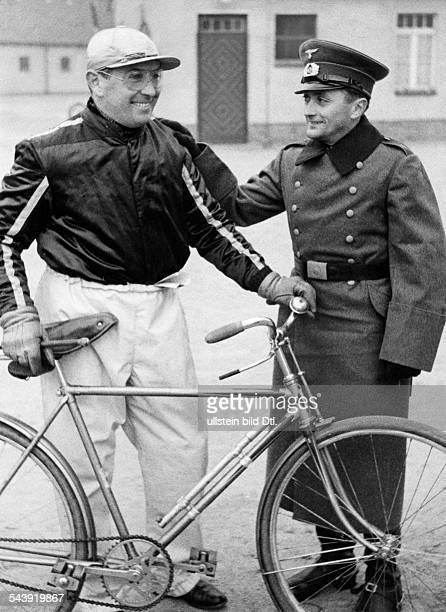 Froemming Hans Sportsman Trotter Germany*nee Johannes Froemming in uniform during a visit to his colleagues nn on the trotting course in...