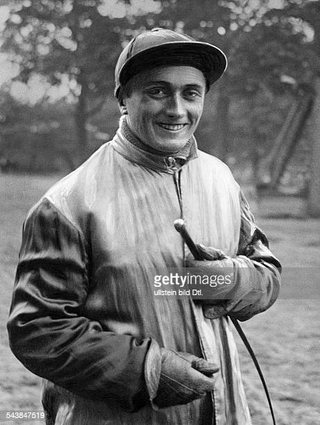 Froemming Hans Sportsman Trotter Germany*nee Johannes Froemming Portrait with a cap 1932 Photographer Max Schirner Published by 'Tempo' Vintage...