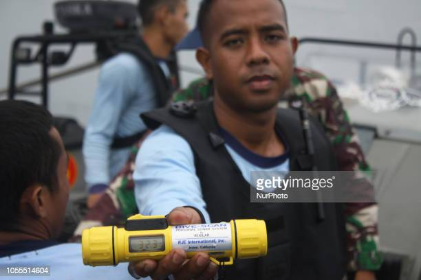 Frog Man team from Indonesian Navy prepares for underwater an underwater search on the SAR operation of Lion Air JT 610 aircraft in the Karawang Bay...