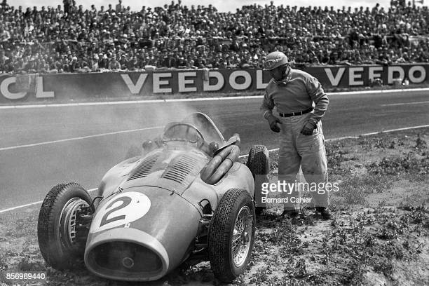 Froilan Gonzalez Ferrari 553 Grand Prix of France ReimsGueux 04 July 1954 Froilan Gonzalez suffered a blown egine in the 1954 French Grand Prix in...