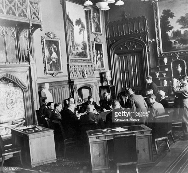 From February 4 11 Representatives Of The Ussr The United States And Great Britain Met In The Small Town Of Livadia 3Km South Of Yalta In The Palace...