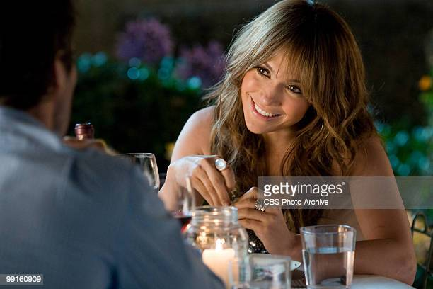 From left Alex O'Loughlin as Stan facing Jennifer Lopez as Zoe enjoy their first date in CBS Films' The Backup Plan