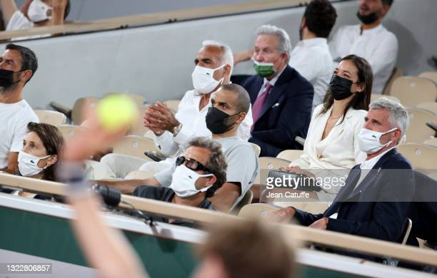 From left, Amelie Oudea-Castera, Director of French Tennis Federation FFT, Fabien Galthie, coach of French rugby team , Mansour Bahrami, Tony Parker,...