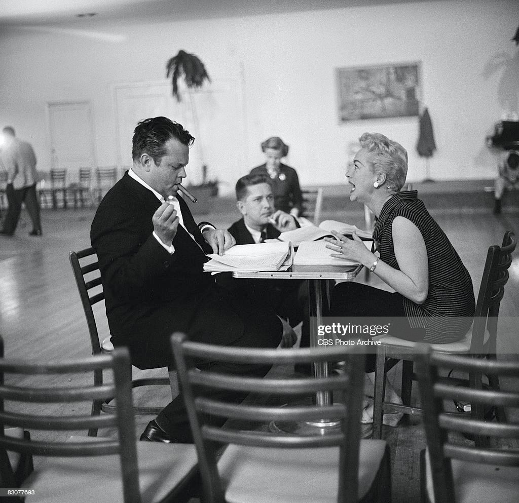 Orson Welles And Betty Grable With Paul Nickell : News Photo