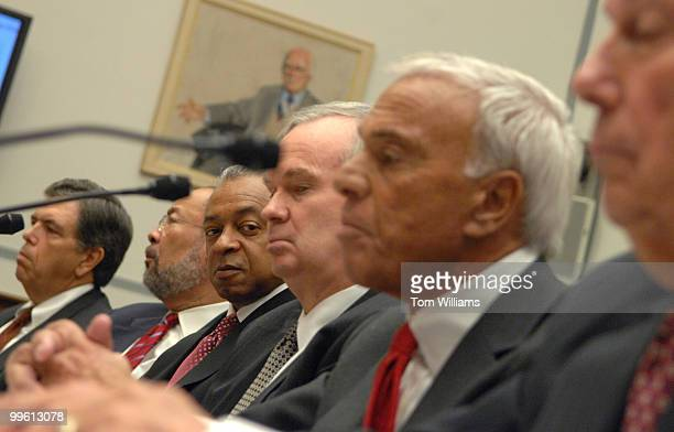 From left Charles Prince former Chairman and CEO Citigroup Richard D Parsons Chair Personnel and Compensation Committee Citigroup Stanley O'Neal...