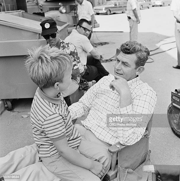 Clint Howard and Andy Griffith as Sherriff Andy Taylor in episode 'Goober Makes History' Image dated August 1 1966 Clint HowardAndy Griffith