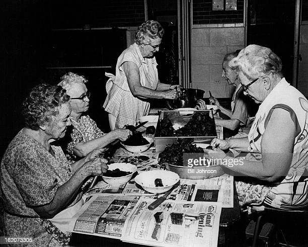 AUG 19 1975 SEP 3 1975 From left clockwise Mrs Ruth Luce Mrs Ethel Karnes Mrs Mary Ham Mrs Alice Manning Mrs Irene Boydstun Slice beets grown and...