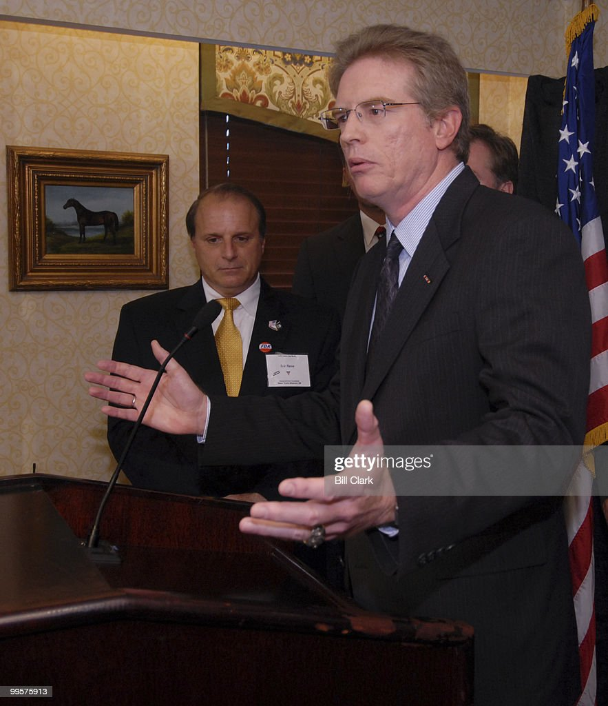 From left, Eric Massa (N.Y.-29) and Jay Fawcett (Colo.-5) participate in the VETPAC news conference in Washington on Wednesday, Sept. 27, 2006. A dozen veterans running for Congress as Democrats appeared at the event to highlight their differences with the Bush administration on Iraq, security and issues affecting veterans.
