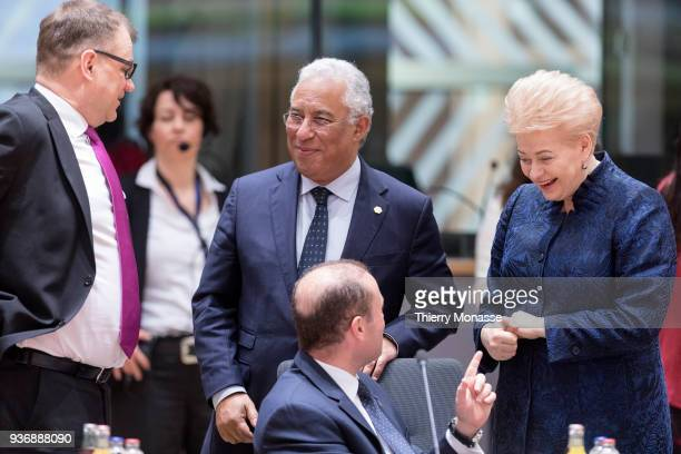 From Left Finish Prime Minister Juha Sipila is talking with the Portugese Prime Minister Antonio Costa the Lithuanian President Dalia Grybauskaite...