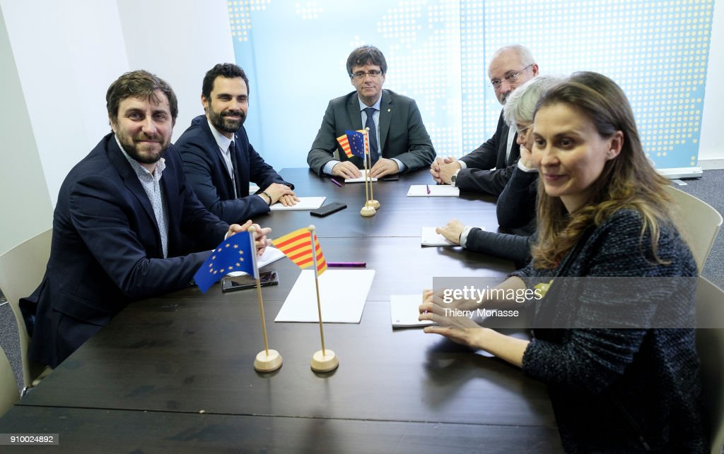 Former Health minister Antoni Comin, speaker of the region's parliament Roger Torrent, ousted Catalan leader Carles Puigdemont, former Catalan Minister of Culture Lluis Puig Gordi, former Councillor of Education of the Generalitat of Catalonia Clara Ponsati and Former Catalan Minister of Agriculture, Livestock, Fisheries and Food Meritxell Serret pose as they meet on January 24, 2018 in Brussels, Belgium.