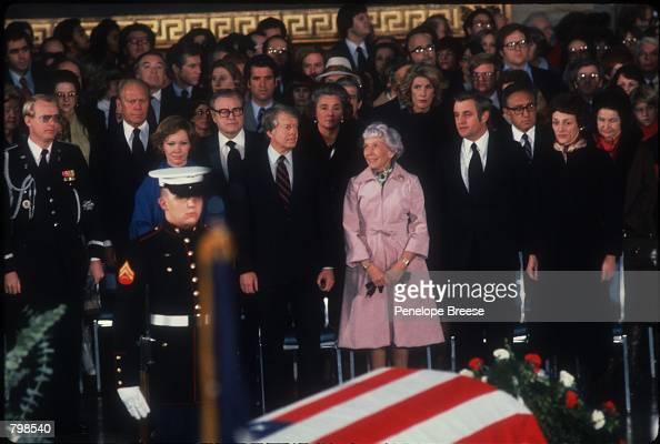 Senator Hubert Humphrey S Funeral Pictures Getty Images