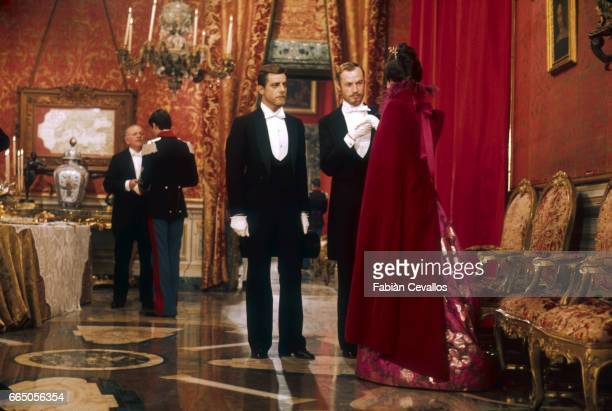 From left Giancarlo Giannini Claude Mann and Jennifer O'Neill acting in the 1976 Italian movie L'Innocente director Luchino Visconti's last film The...