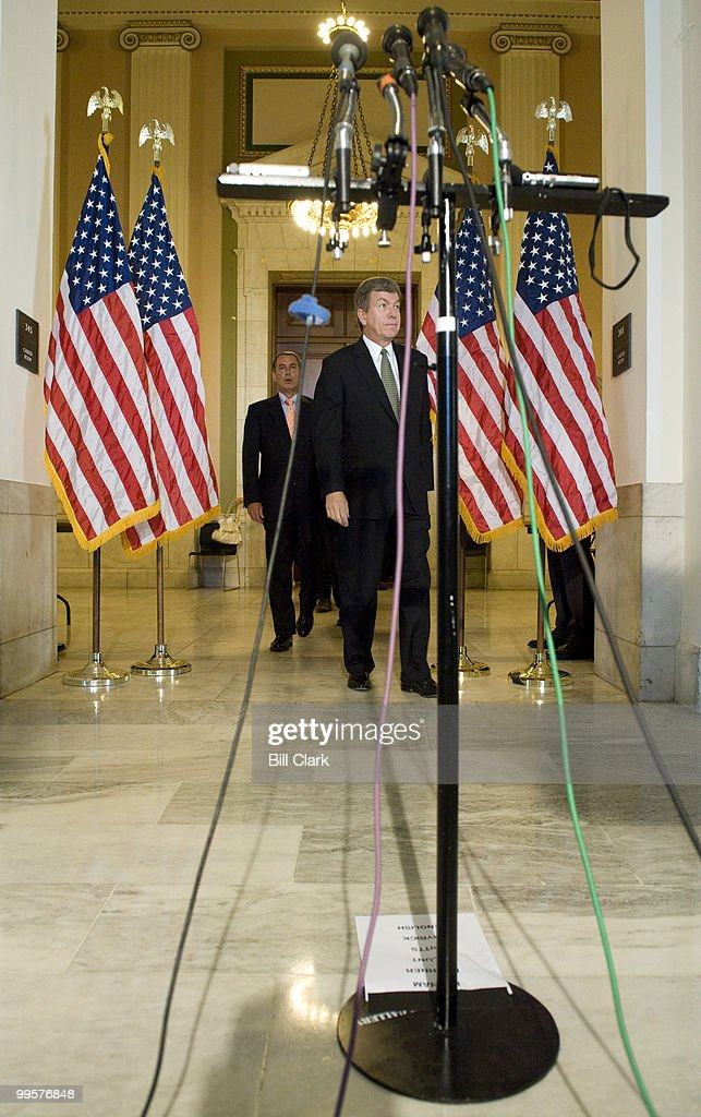 From left, House Minority Leader John Boehner, R-Ohio, and House Minority Whip Roy Blunt, R-Mo., walk to the mircrophones for their news conference following the House Republican Conference meeting in the Cannon Caucus Room on Wednesday, June 18, 2008.